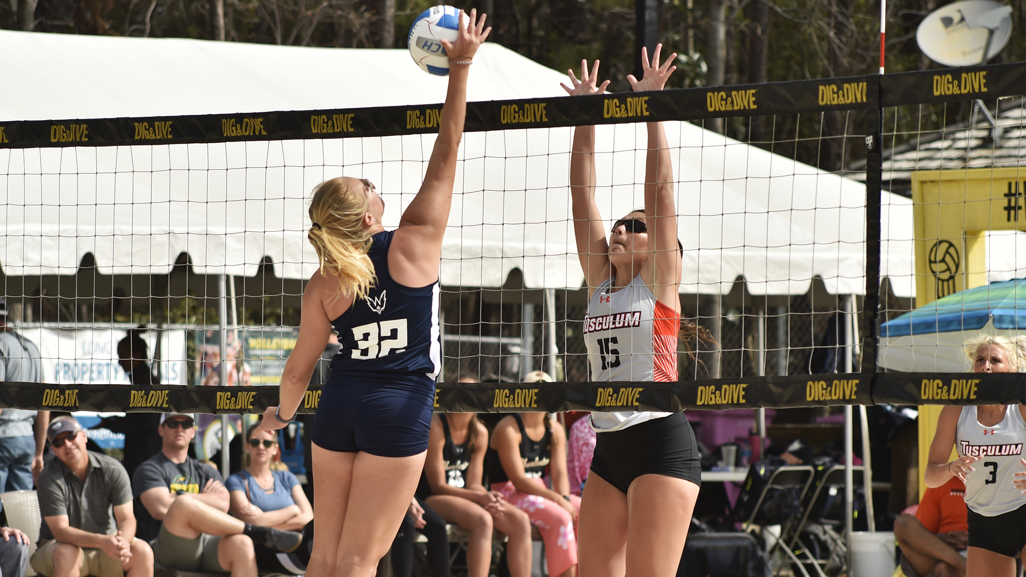 Beach Volleyball Splits Duals In Tampa
